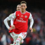 I'm the one to decide when I will leave Arsenal, not other people... Ozil