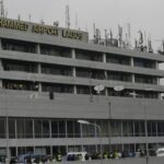 FG threaten to suspend domestic flights over breach of COVID-19 protocols
