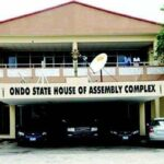 Thugs scuttle‎ resumption of suspended members of Ondo House of Assembly ‎  ‎
