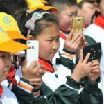China bans use of mobile phones in classrooms