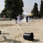 Jerusalem violence: Deadly air strikes hit Gaza after rocket attacks